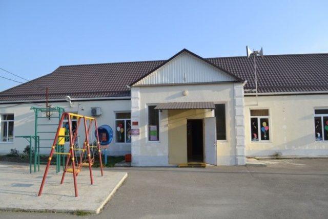 Клуб поселка Горный